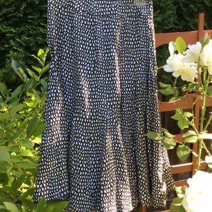 MaxMara silk skirt B&W. Made in Italy